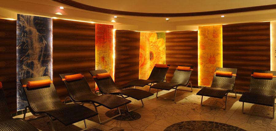 Hotel Jägerhof, Ischgl, Austria - relaxation room.jpg
